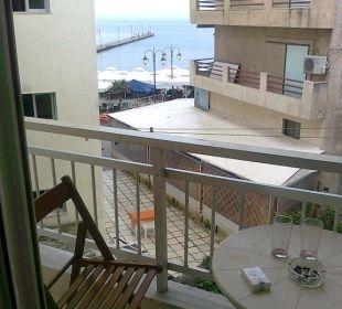 Ausblick vom Balkon Hotel Avra