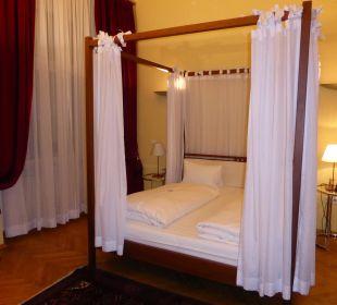 Mit Himmelbett Hotel zum Dom