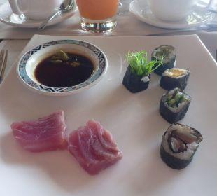 Frühstück Lily Beach Resort & Spa