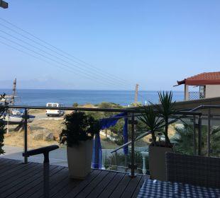 Bild von der Essensterasse Hotel Maistrali