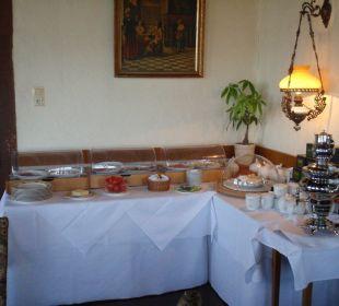Frühstück im Turmzimmer Hotel Schloss Saaleck