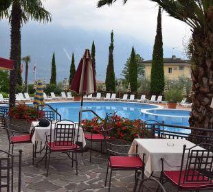 Pool und Bar Hotel Caravel