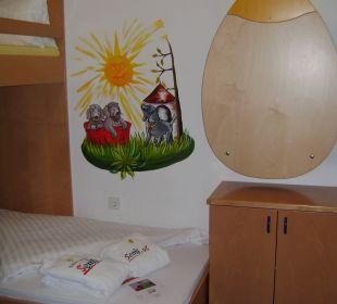 """""""Fast"""" ein Jugendzimmer... Kinderhotel SEMI"""