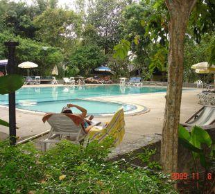 Blick zum Pool Hotel Pattaya Garden
