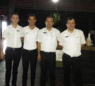 Fevci und sein super Team beim Barbecue Adalya Art Side/Artside