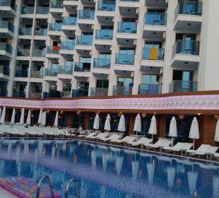 Hintere Seite Hotel Grand Zaman Beach