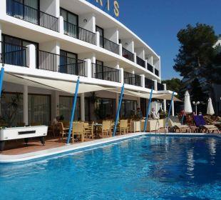 Blick auf das Hotel und dem Pool Hotel Osiris