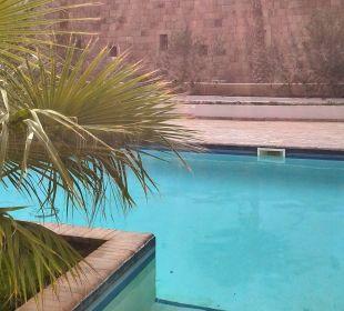 Poolzugang zu Villa 01