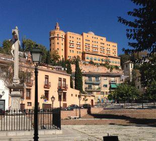 Blick von Granada auf das Hotel Hotel Alhambra Palace