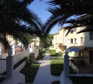 Gepflegte Grünanlage - Innenansicht  Hotel Amari