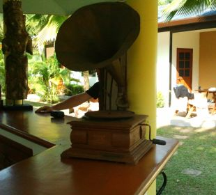 Grammophon auf der Bar Phuket Lotus Lodge