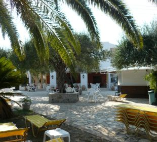 Blick zur Terrasse Hotel Paradise Corfu