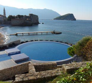 Pool mit traumausblick Hotel Avala
