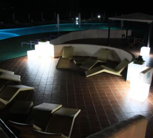 Chill-out-Ecke CalaCuncheddi Resort & Marina
