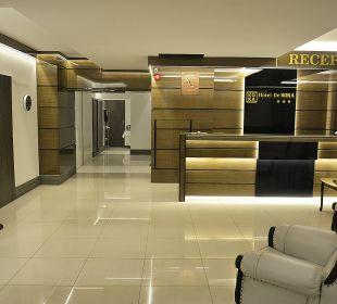 Reception Hotel De KOKA
