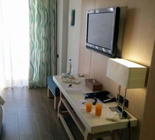 TV Hotel Minos Mare Royal