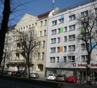 Hotel von der anderen Straßenseite