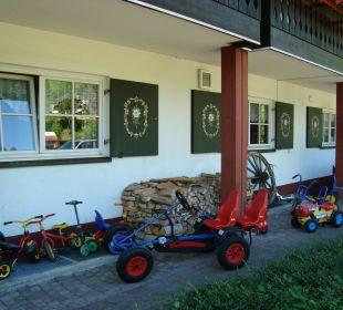 Fuhrpark für Kinder Hotel Mühlenhof