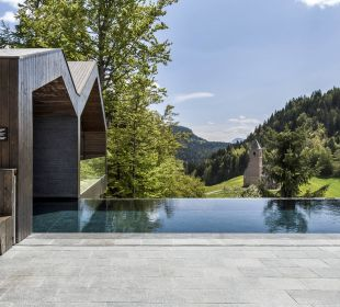Infinity Pool with a view South Tyrol Merano MIRAMONTI Boutique Hotel