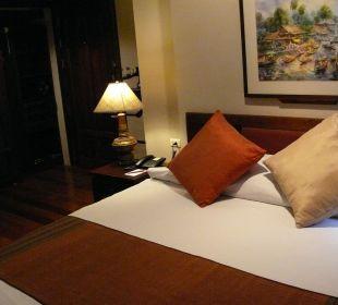 Unser Bett, Decke etwas zu schmahl Hotel Siam Heritage