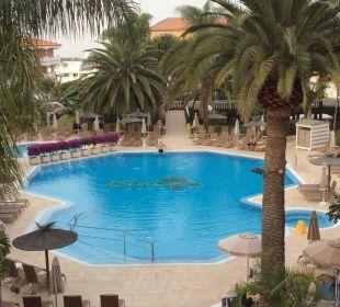 Schwimmpool Hotel Riu Garoe