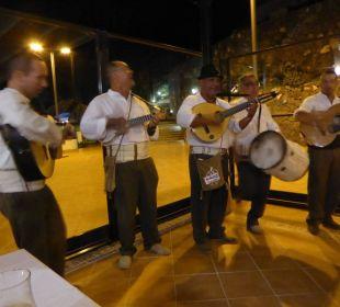 Spanische - Musikgruppe Hotel Luz Del Mar