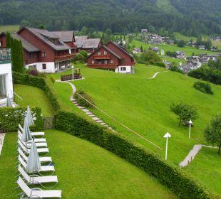 Weiterer Ausblick Mondi-Holiday Seeblickhotel Grundlsee