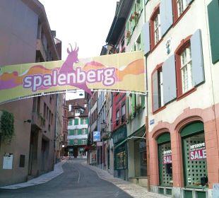 Altstadt mit Spalenberg gleich neben Hotel Hotel Basel
