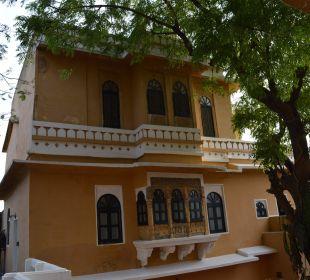 Hotel von außen Hotel Deogarh Mahal