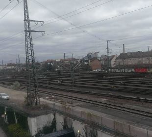 Bahngleise nach Westen Motel One Nürnberg-City