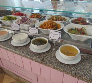 Leckere Salate und Saucen Hotel Hilton Hurghada Plaza