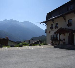 Der Alpengasthof mit Blick Richtung Niederthai Alpengasthof Köfels