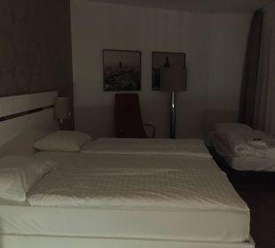 Grosses Bett, Matratzen etwas weich  Innside Dresden