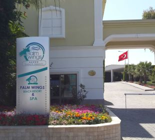 Hotel Enterence Hotel Palm Wings Beach Resort
