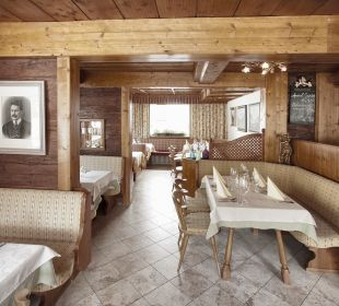 Unsere Gaststube Alpenrose Hotel-Pension