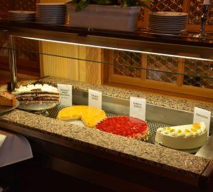 Leckere hausgemachte Kuchen... Hotel Portens Fernblick