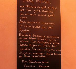 Tafel am Büffet Hotel Ludwig