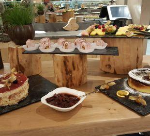 Dessertbuffet - ein kleiner Teil davon Aktivhotel Alpendorf