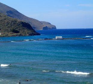 Strand links vor dem Hotel Hotel Corissia Princess