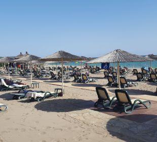 Gepflegter Strand Gloria Verde Resort