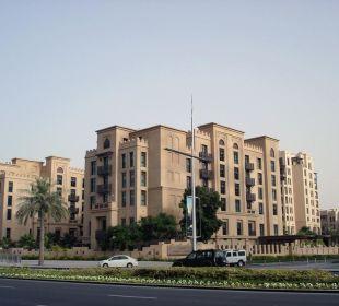 Blick vom Emaar Boulevard  Vida Hotel Downtown Dubai