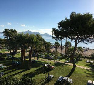 Blick vom Balkon in den Garten Aparthotel Esperanza Park