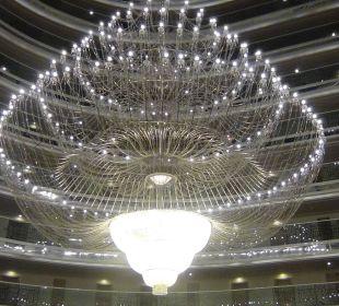 Großer Kronleuchter Hotel Delphin Imperial