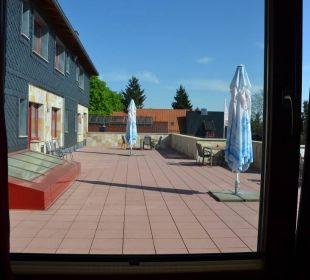 Vom Zimmer auf die Terrasse