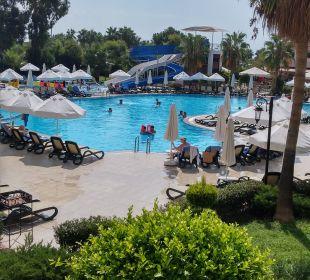 Pool Bella Resort & Spa