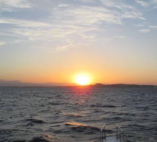 Sonnenuntergang vom Meer aus