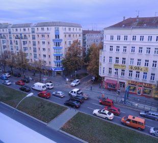 Ausblick auf 6-spurige Straße Best Western Hotel City Ost
