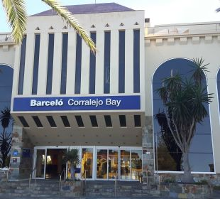 Eingang Straßenseite Hotel Barceló Corralejo Bay
