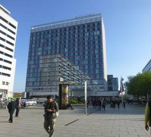 Hotel mit grossem Platz Pullman Dresden Newa
