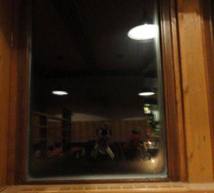 Vereistes Fenster im Restaurant Glacier Hotel Grawand